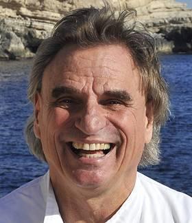 Dr. med. dent. V. Goebel - Medizincentrum Santanyi Mallorca